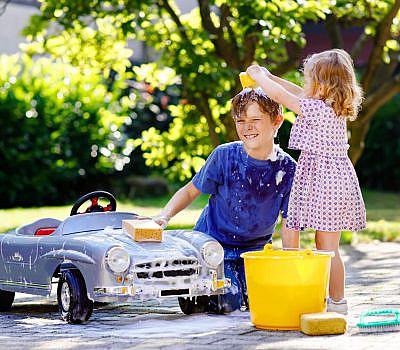 autowassen 2 kinderen aangepast kopie 4